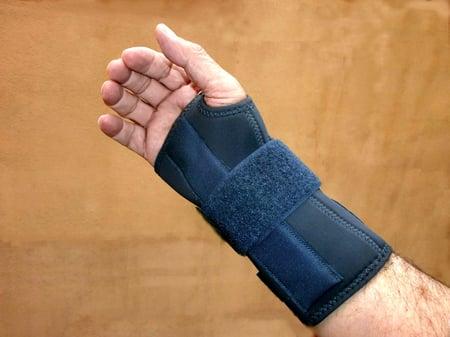 Endoscopist wrist injury